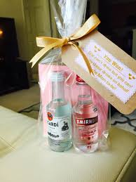 Baby Shower Bottle Favors Chic Baby Shower Favors Ideas For Girls Party Amicusenergy Com