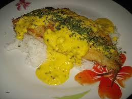 cuisiner du merlu cuisiner le merlu fresh filet de merlu la sauce au beurre et coco et