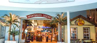 bass pro shops dolphin mall
