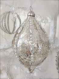Pearl Christmas Tree Decorations by 48 Best Shabby Christmas Images On Pinterest Christmas