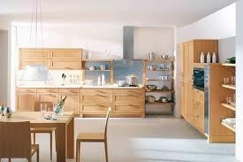 cuisine en bois naturel cuisine en bois le naturel revient au galop