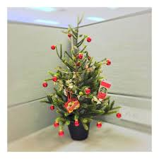 40 new christmas cubicle decorations u0026 christmas office decoration