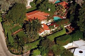 celebrity home addresses there s money in hollywood and these lavish celebrity homes prove