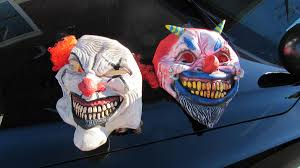 use caution with u0027creepy clown u0027 costumes this halloween police
