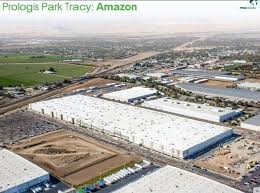 amazon black friday cloud storage at facilities amazon is growing like a weed why not cash in on reit landlords