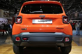 jeep renegade orange 2017 2015 jeep renegade trailhawk show floor rear view jpg 2048 1360