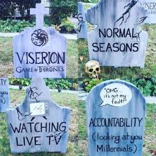 man wins halloween with graveyard to trends that u0027died u0027 in 2017