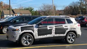 small jeep cherokee 2019 jeep cherokee spy shots photo gallery autoblog