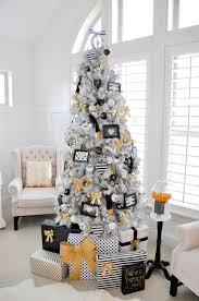 Christmas Decoration Ideas For Room by 30 Beautiful Christmas Tree Decoration Ideas 2017