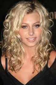 hair styles for round faces and long noses 20 long curly hairstyles for round faces hairstyles haircuts