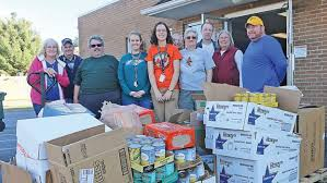 arm receives donations from t a dugger boy scouts www