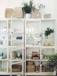 White Cabinets For Kitchen Bonita Alacena Con Vitrina Cocina Pinterest Kitchens