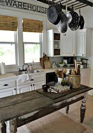 farmhouse kitchen island 35 cozy and chic farmhouse kitchen décor ideas digsdigs