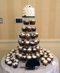 wedding cake and cupcakes cakes and cupcakes york pa wedding cake and cupcake displays