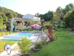 jardin paysager avec piscine villa prestations haut de gamme jardin paysager piscine calme
