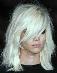 coupe cheveux fins visage ovale coiffure cheveux fins visage 30 coiffures pour les cheveux