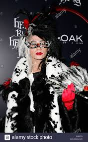heidi klum seal halloween party asian american family in costumes at youth express halloween party
