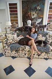 what is it about interior designers and their dogs