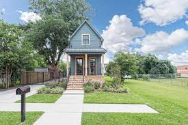 fixer upper u0027 shotgun house for sale in waco for 950 000 houston