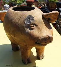 very large pottery pig planter collectors weekly
