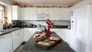 best way to clean white kitchen cupboards what is the best way to clean your kitchen cabinets