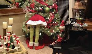 grinch christmas tree grinch christmas decorating ideas grinch christmas trees