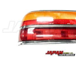 nissan zenki 89 93 nissan laurel c33 left side oem zenki tail light japan