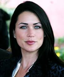 rena sofer hairstyles rena sofer has the greatest eyes of all time too bad they don t