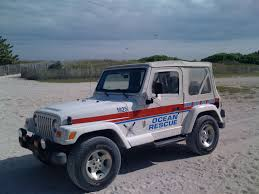 beach jeep file jeep tj miami beach ocean rescue f jpg wikimedia commons