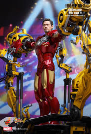 Iron Man Toys Iron Man 2 Suit Up Gantry With Mark Iv 1 6th Scale
