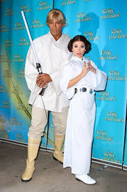 new york city halloween costumes kelly ripa and michael strahan photos stars on halloween 2015