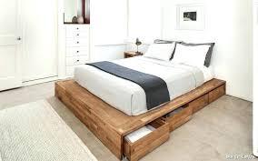 but rangement chambre lit caisson rangement finest but coffre with chambre avec de pas