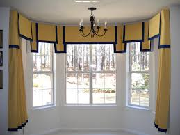 windowtreatments double squares valance on a 5 sided baywindow