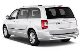 2012 chrysler town u0026 country reviews and rating motor trend