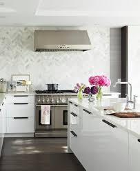 carrelage mur cuisine moderne carrelage mural cuisine en 20 idées à chacun revêtement parfait