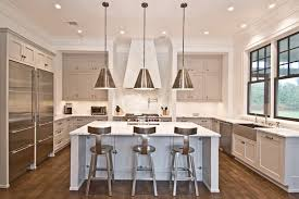 spacing pendant lights over kitchen island