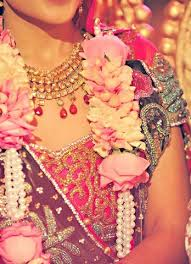 Flower Garland For Indian Wedding 19 Best Flower Garland Jaimala Images On Pinterest Hindus