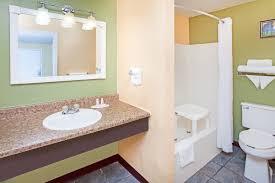 Comfort Suites Terre Haute In Days Inn U0026 Suites Terre Haute In Booking Com
