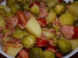cuisiner choux de bruxelles frais choux de bruxelles saucisses et pomme de terre au cookeo ma ptite