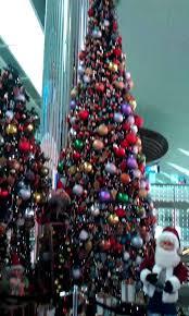 beautiful decorations at dubai airport
