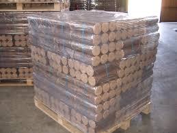 buche de cheminee bûche de bois compressé ou densifié pspe