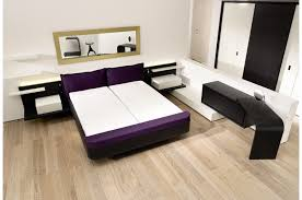 Solid Wood Modern Bedroom Furniture Bedroom Furniture Retro Brown Wooden Bed Side Table With High