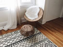 Area Rug In Bedroom How To Choose The Right Size Area Rug For Your Bedroom
