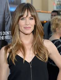 bangs make you look younger jennifer garner s wispy bangs the best celebrity haircuts that