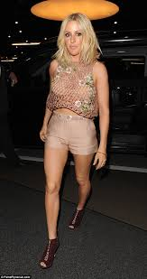Style Ellie Goulding Task Pr And Munich Fashion And Lifestyle Pr