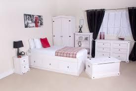 bedroom design black and white bedroom furniture whitewash