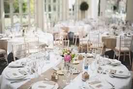 chemin de table mariage décoration de table mariage en 28 idées pour la table ronde