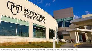 mayo clinic help desk volunteering at mayo clinic about us volunteering at mayo clinic