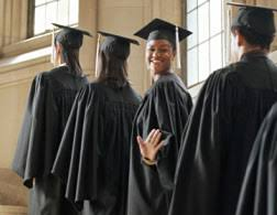 academic robes why do graduating students wear academic robes