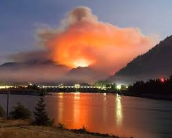 idiot with fireworks starts columbia river gorge fire that strands